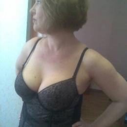 Пара из Севастополь ищет девушку для секса втроем