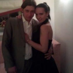 Пара  ищет девушку для секса в втроем в Севастополе