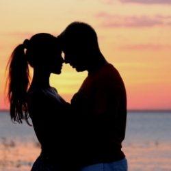 Пара ищет девушку в Севастополе для секса втроем