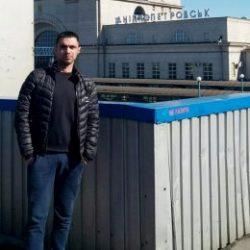 Парень, ищу стройную симпатичную девушку в Севастополе, для секса или чего то большего