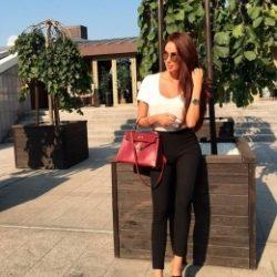 Семейная пара, ищем хорошенькую девушку с фантазиями в Севастополе для секса