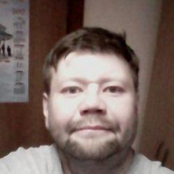 Парень из Севастополь. Ищу стройную девушку для секса