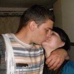 Пара МЖ из Севастополь ищет девушку или хорошенькую женщину для плотских утех