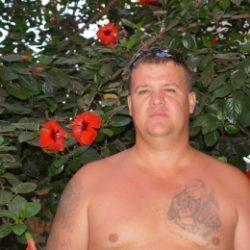 Молодой парень из Севастополь ищет девушку для приятных встреч