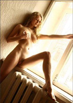 Девушка из Севастополь. Приглашу в гости мужчину на чашечку кофе с интимом