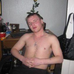 Молодой симпатичный, адекватный парень, ищу девушку в Севастополе